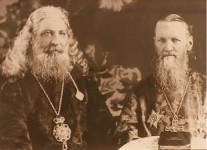 Епископ Михей и св. Иоанн Кронштадтский.